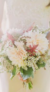 2016_bridescom-Editorial_Images-10-Dahlia-Wedding-Bouquet-Ideas-large-29-Dahlia-Wedding-Bouquet-Ideas-Fondly-Forever